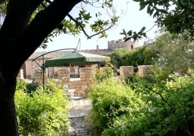 Casa Vacanze Dimora storica Torre Rodosta
